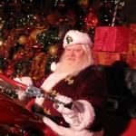 Santa Claus auf dem Boulevard