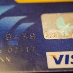 Bild einer flachgeprägten PrePaid Visa Karte